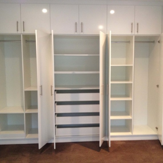 Stand Alone Wardrobe Designs : Stand alone wardrobes practical storage solutions for your home